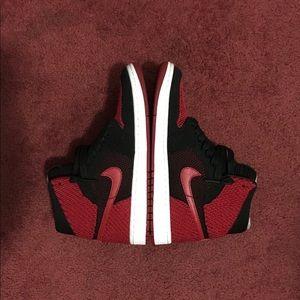 Jordan Shoes - Men's Nike Air Jordan 1 Bred Retro Hi Flyknit
